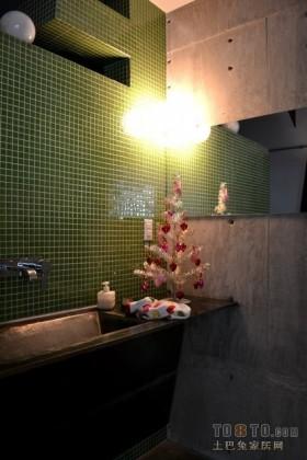 2013现代风格卫生间装修设计效果图