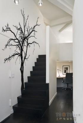 简约风格简约黑白楼梯手绘树木背景墙装修效果图