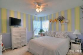 蓝黄格纹的田园风格卧室装修效果图大全2012图片