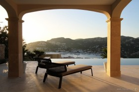 西班牙马略卡岛休闲别墅 阳台设计