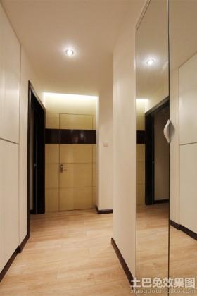 现代简约风格三室两厅过道装修图