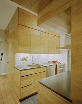 小户型原木色厨房装修效果图