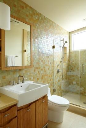 彩色卫生间瓷砖效果图