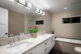 最新卫生间洗手台装修效果图