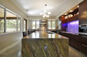 开放式厨房吧台装修效果图 现代风格图片