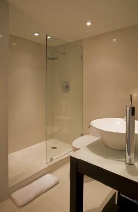 三室两厅简单卫生间装修