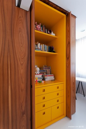 现代风格书房书柜设计效果图