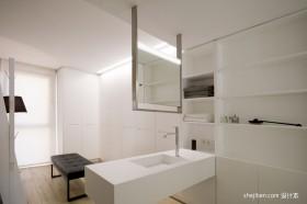 130平米简约白色卫浴柜装修效果图