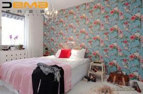 田园碎花的卧室壁纸装修效果图