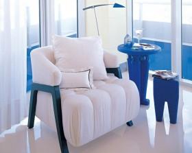 简约清新白蓝色的沙发装饰效果图