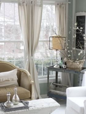 欧式客厅素雅窗帘装修效果图