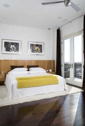 跃层三室两厅简约卧室装修效果图