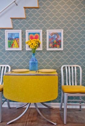 现代风格餐厅黄色餐桌装修效果图