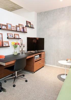 现代风格书房照片墙装修效果图