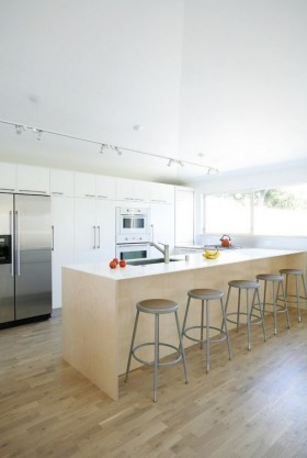 简约厨房吧台装修效果图