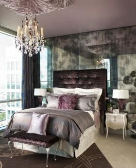 淡紫色女生卧室床头软包装修效果图
