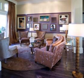 客厅紫色照片背景墙装修效果图