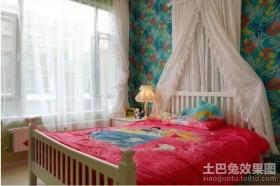 现代小户型卧室装修效果图 卧室墙贴背景墙图片