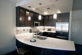 圆弧形厨房吧台装修效果图