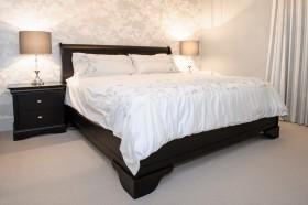 现代简约风格卧室装修效果图片