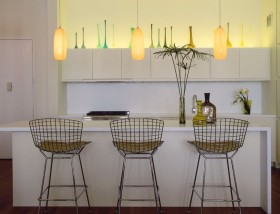 现代简约风格餐厅装修效果图 餐厅吧台吊顶装修效果图