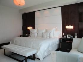 卧室床头背景墙装修效果图 卧室装修效果图