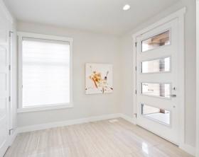 家庭装修白色房门图片