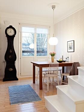 80平米白色小复式楼餐厅装修效果图