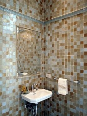 卫生间瓷砖效果图 小卫生间装修效果图