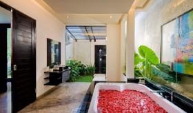 现代卫生间家居浴缸设计效果图