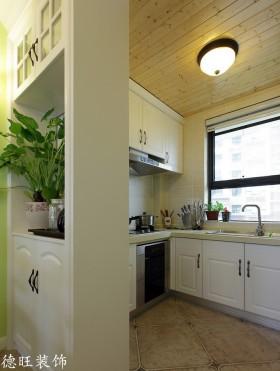 半开放式厨房装修隔断效果图