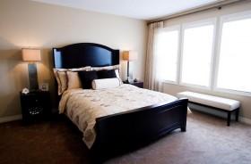 10平米现代美式卧室装修效果图