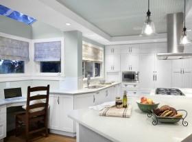 简约整体厨房装修效果图欣赏