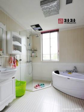衛生間浴缸簡約風格裝修衛生間效果圖
