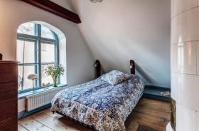 阁楼小卧室装修设计图