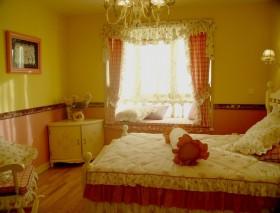 田园风格女生卧室装修设计图