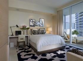 现代主卧室装修效果图大全 卧室落地窗采光装修设计