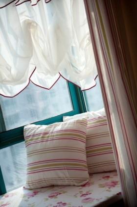 田园风格飘窗靠枕图片