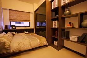 中式主卧室装修效果图大全 卧室博古架装修效果图