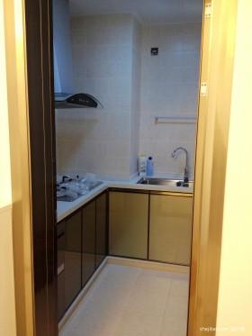 两室一厅90平装修小厨房效果图