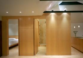 隐形门背景墙效果图 原木隐形门设计