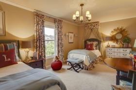 卧室窗帘图片   欧式卧室窗帘吊顶装修效果图