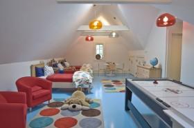 现代简约风格尖顶阁楼儿童房间装修效果图大全