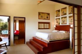 卧室实木榻榻米地台效果图