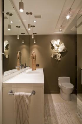 两室一厅90平装修卫生间效果图