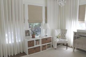 卧室窗帘装修效果图  白色窗帘装饰图片