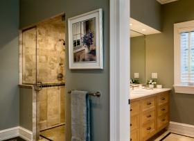 四室二厅卫生间装修效果图