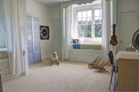 卧室飘窗装修效果图 飘窗窗帘设计图片