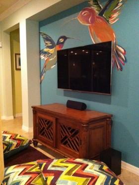 手绘后现代风格电视背景墙装修效果图