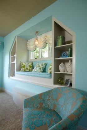2012客厅飘窗装修图片